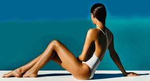 4 Tips For Faking A Natural Tan This Winter