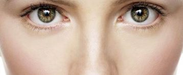 5 Superfoods Help To Make Your Eyes Look Younger