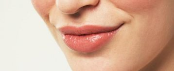5 Useful Home Remedies to Get Rid of Dark Lips