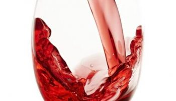 10 Wine Facial Benefits For Gorgeous Skin